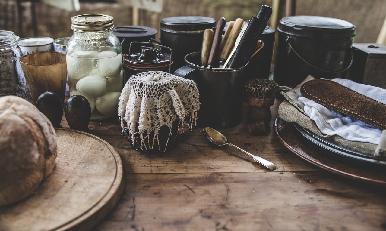 Weekend Book Review: Homegrown and Handmade A Practical Guide to More Self-Reliant Living
