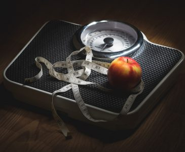 Are you fighting a losing battle against hormones, a slowing metabolism, and difficulty maintaining your weight? 6 things to avoid when you are trying to lose weight after 40.