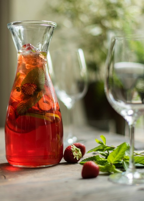I have a great suggestion for a simple healthy indulgence. Have you tried making your own herb-infused cordials? Cordials are fun to make, fun to drink, and can be used as gifts for all seasons. Use warming herbs for winter months, cooling herb combinations for summer season, or enjoy anytime!